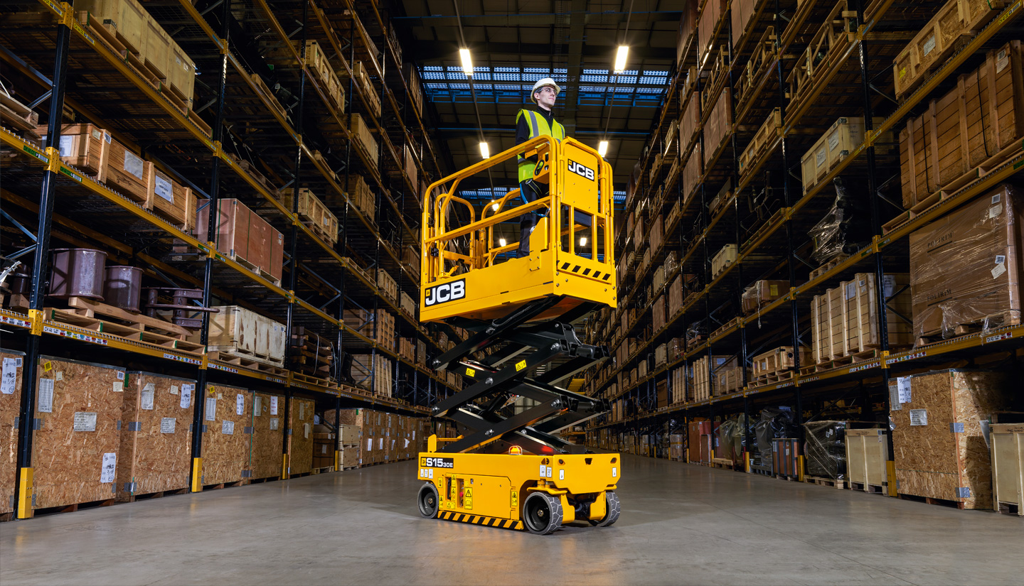 S1530E compact JCB electric scissor lift